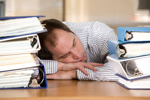 overcoming laziness Laziness is a habit rather than a mental health issue it may reflect a lack of self-esteem, a lack of positive recognition by others, a lack of discipline stemming from low self-confidence, or a lack of interest in the activity or belief in its efficacy [5].